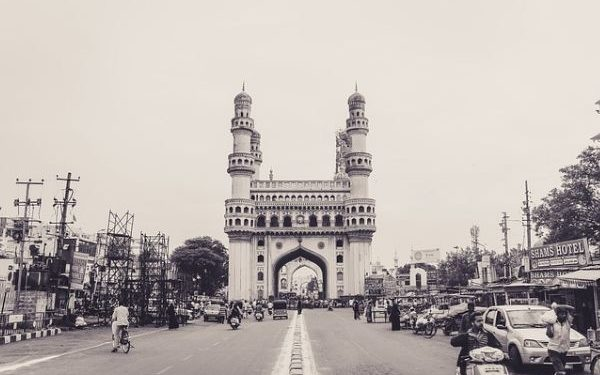 Charminar Shopping in Hyderabad