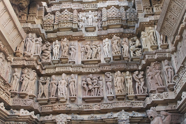 Tourist places-10 places to visit in Madhya Pradesh
